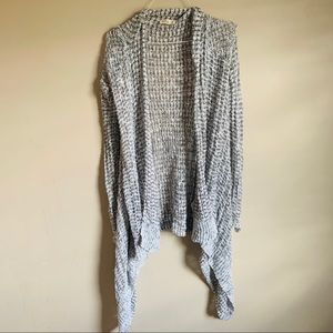 HOLLISTER size small Gray knit cardigan duster